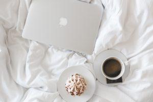 Drop kaffen i soveværelset